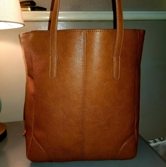 Banana Republic Factory Handbags - EUC  Banana Republic Classic Everyday  Shopper Tote 26170c38ed